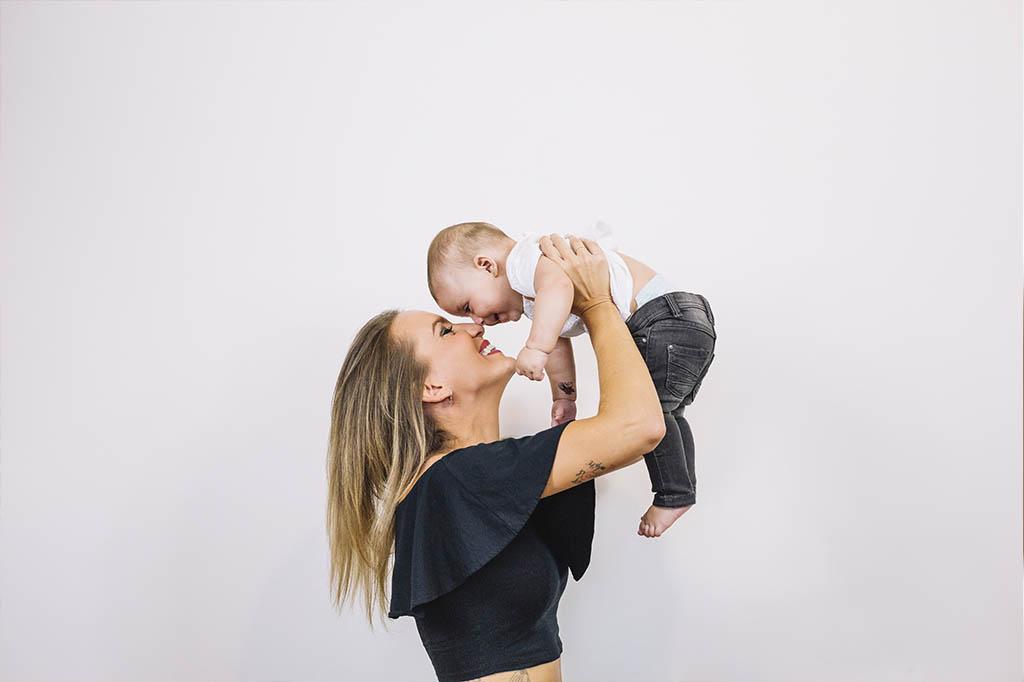 4-haftalik-bebeklerde-gelisim-eniyikadin