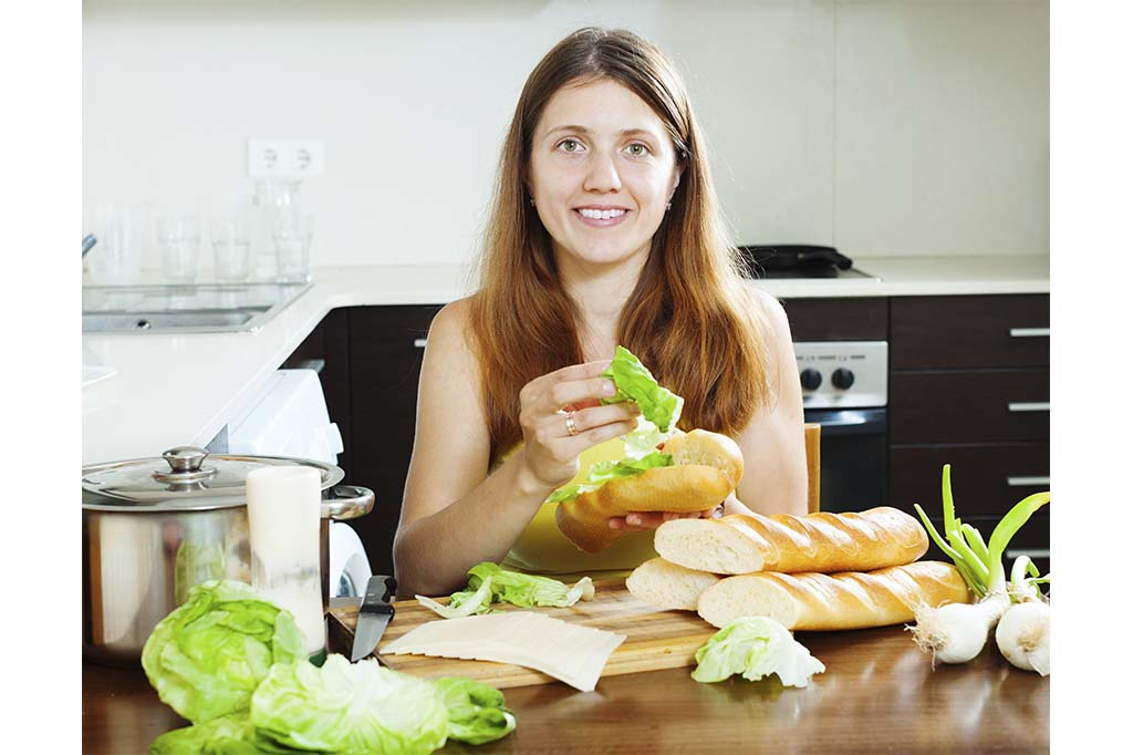emzirirken-bu-yiyeceklerden-uzak-eniyikadin-durun