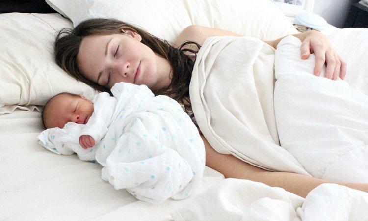 yeni-annler-icin-altin-oneriler-nelerdir