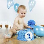 Bebeğinizin katı besinlere hazır olduğunu nasıl anlasınız?