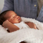 Prematüre bebeğiniz için en doğru bakım teknikleri